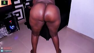 This is Fat Azz Our new Pornstar Shaking her big ass-Watch her videos on  XVIDEOS.RED-SWEETPORN9JAA